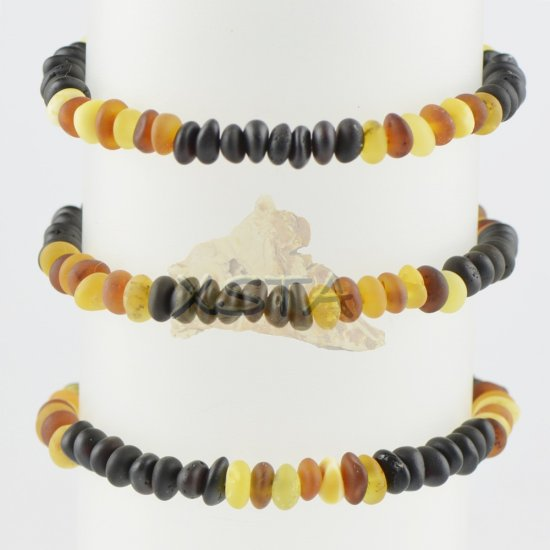 Multicolored beads bracelet with amber