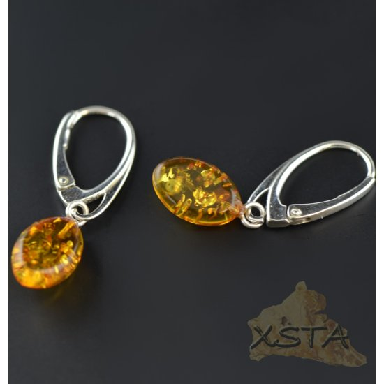 Flat olive shape cognac color earrings