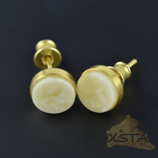 Stud amber earrings
