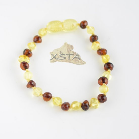 Cherry and lemon beads bracelet with knots and clasp