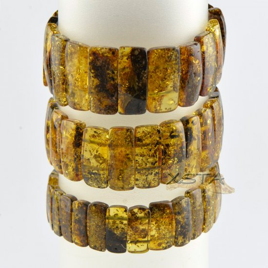 Classic style green beads bracelet