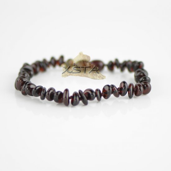 Cherry flat beads bracelet with knot and clasp