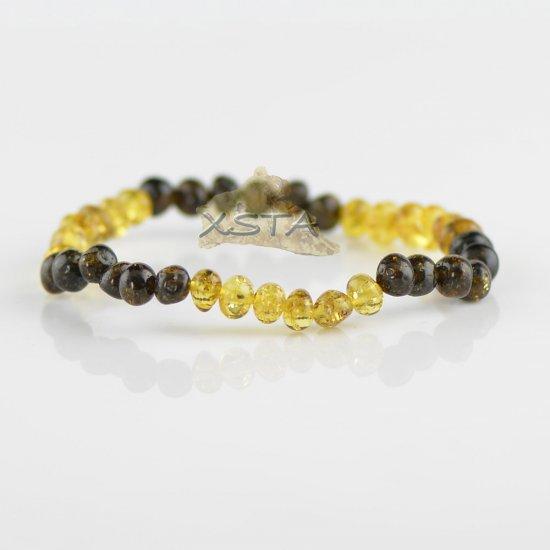Light and dark green beads bracelet