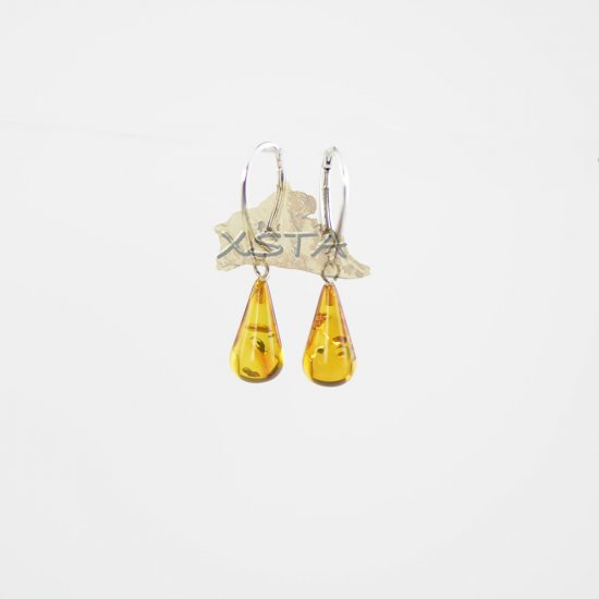 Light cognac drop shape earrings