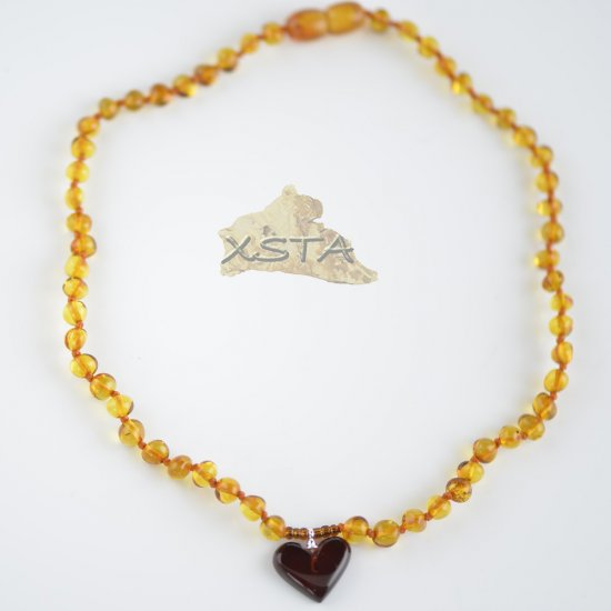 Cognac baroque necklace with cherry heart