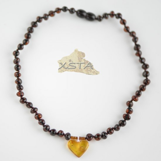 Cherry baroque bead necklace with cognac heart