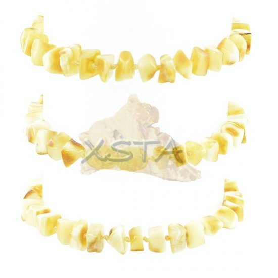 Polished amber bracelet with screw clasp