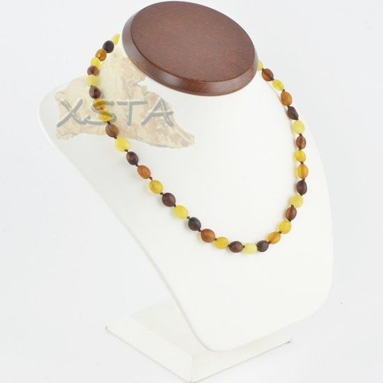 Raw Amber necklace multicolour olive