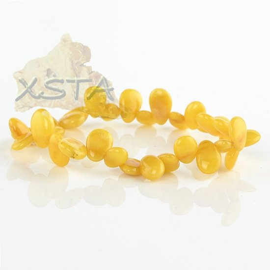 Drop shaped butterscotch amber bracelet