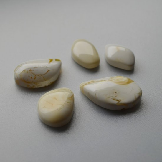 white amber cabochons 5 pcs for unique rings