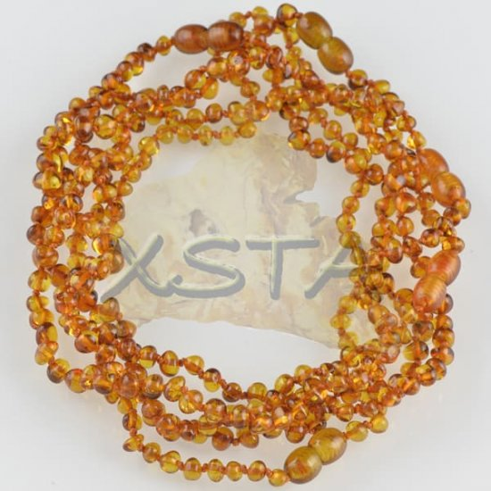 Light cognac polished teething necklace